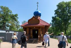Церковь Михаила Архангела на Архангельском кладбище. Церковь Тихвин