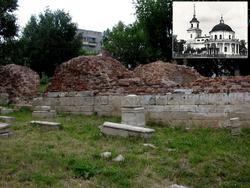 Фундамент Троицкой кладбищенской церкви