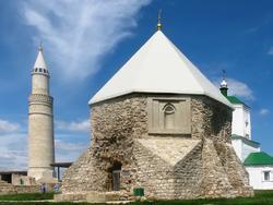 Восточный мавзолей (Церковь Святого Николая)