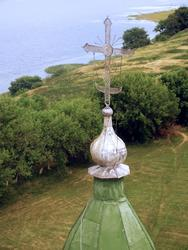 Крест на церкви Успения  (вид с минарета Соборной мечети)