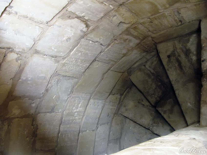 Фото №32471. Лестница внутри Большого минарета