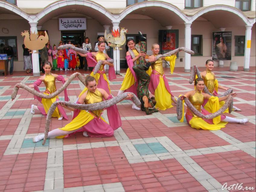 Фото №33051. Восточный танец в исполнении группы ''Черный жемчуг''_3