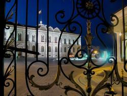 Кованая решетка в резиденции Президента РТ