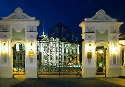 Резиденция Президента РТ (быв. Губернаторский дворец). Ворота