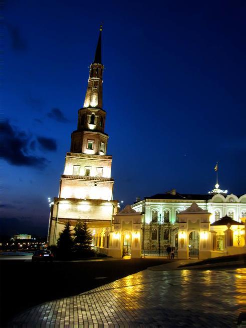 Башня Сююмбике::Казанский Кремль. Ночь. 2009г.