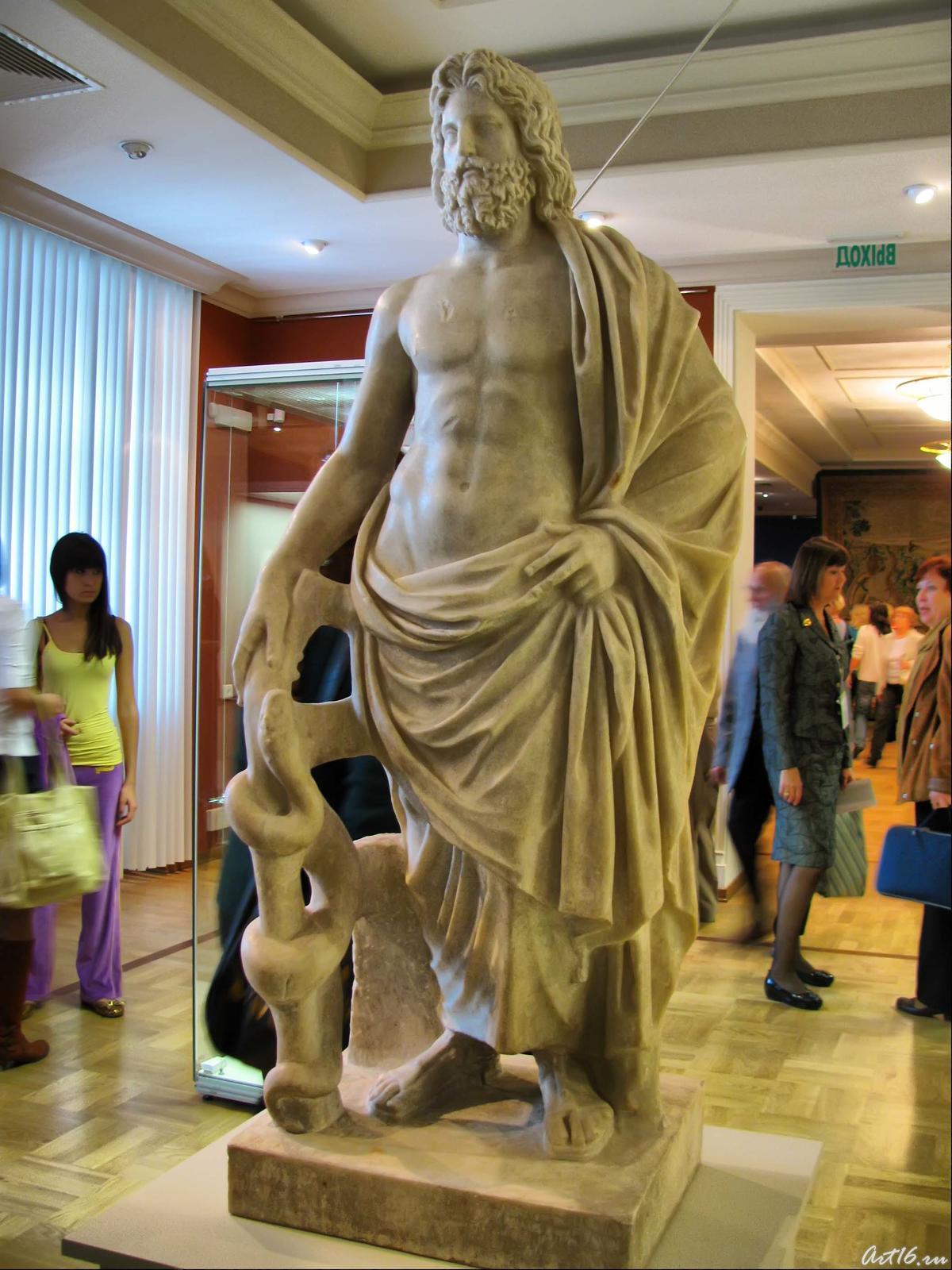 Фото №35429. Статуя Асклепия