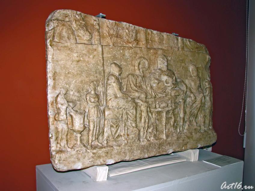 Надгробный рельеф Ольбиогена, сына Аполлония::Открытие выставки «Дети Богов»