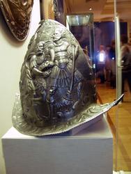 Шлем-Морион с изображением подвигов Геракла