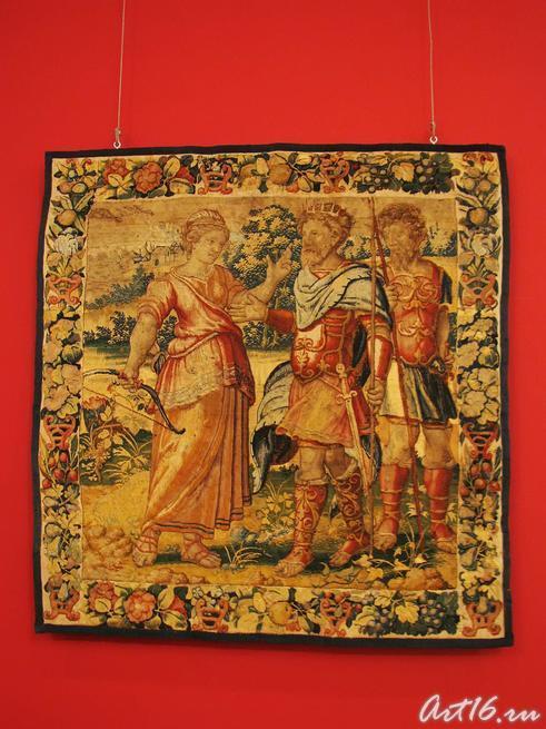 Шпалера: Одиссей и Калипсо (Мелеагр и Атланта?)::Открытие выставки «Дети Богов»