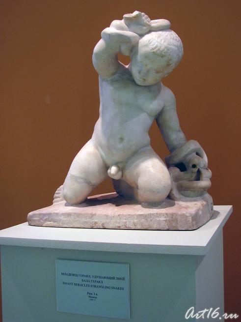 Младенц Геракл, удушающий змей::Открытие выставки «Дети Богов»