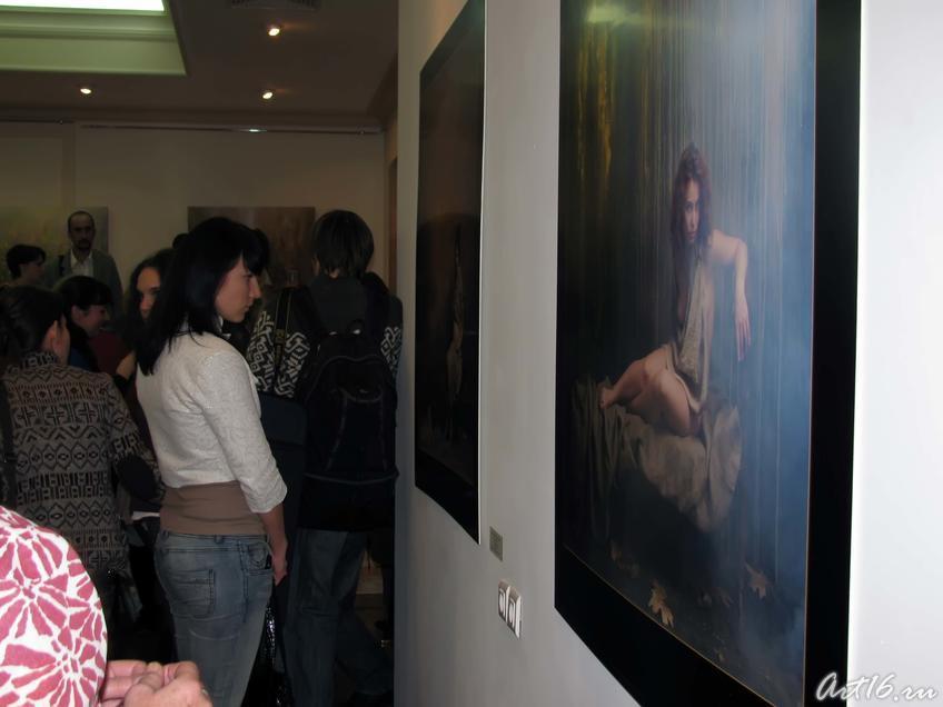 Фото №37730. На выставке«Иное время года»