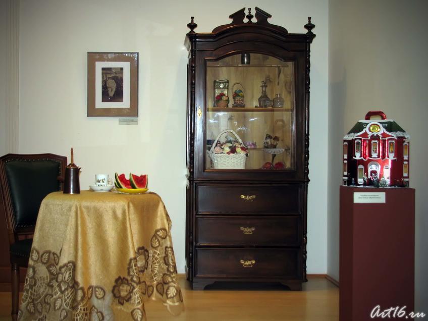 Фото №39340. Фрагмент интерьера дома семьи Абрикосовых