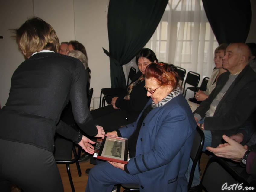Фото №39804. На память о Бусыгинских чтениях Евгении Анатольевне Бусыгиной