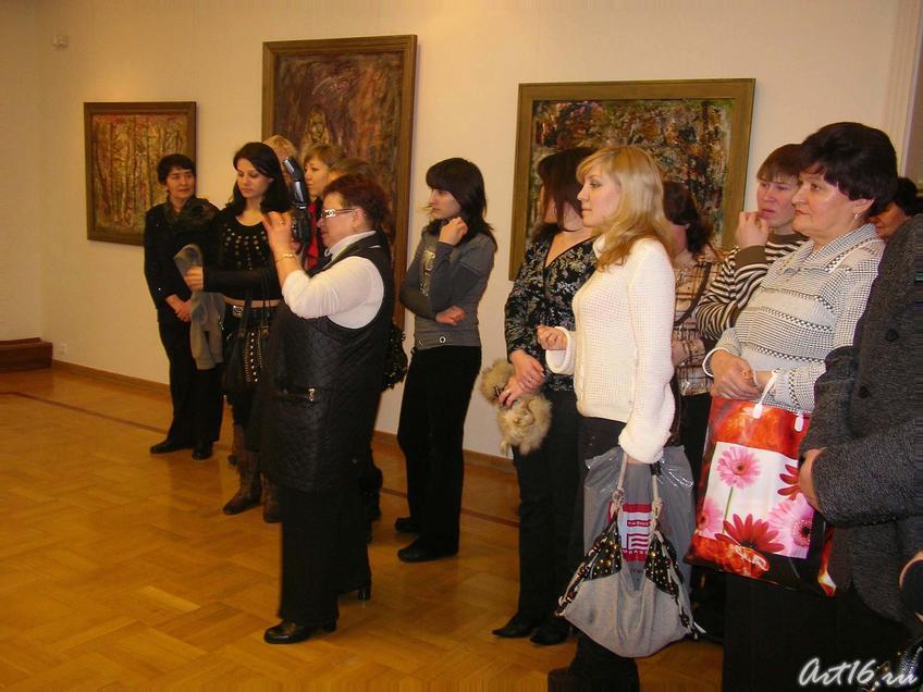 Фото №4095. Церемония открытия выставки Р. Каримуллина
