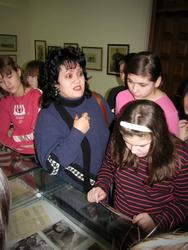 Инга Байназаровна Альменова со своими учениками