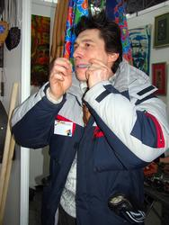 Фарат Ханбеков. Игра на кубызе
