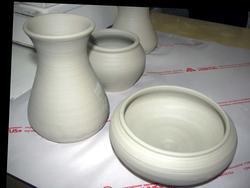 Глиняная посуда, изготовленная на мастер-классах