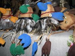 Сидели два попугая