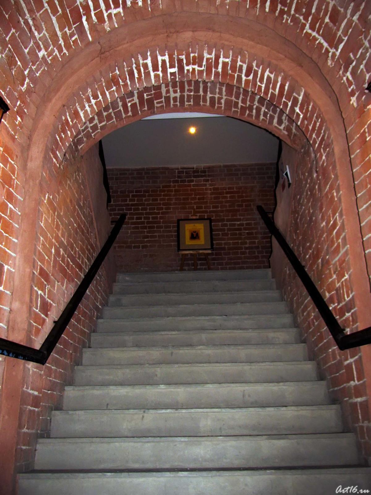 Фото №42836. Лестница в колокольне Богоявленской церкви