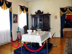 Первый зал. Интерьер дворяской гостиной