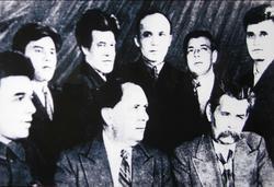 Г. Тулумбайский, писатель, литерат. критик с М. Горьким, А. Толстым