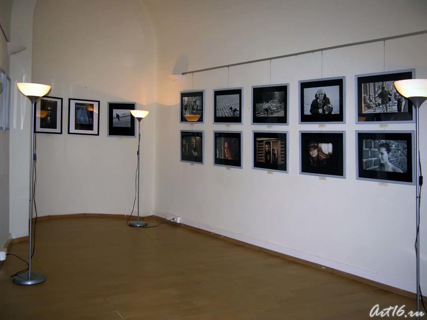 Фрагмент экспозиции выставки ʺМгновенияʺ::«Мгновения» — фотовыставка Ильи Славутского