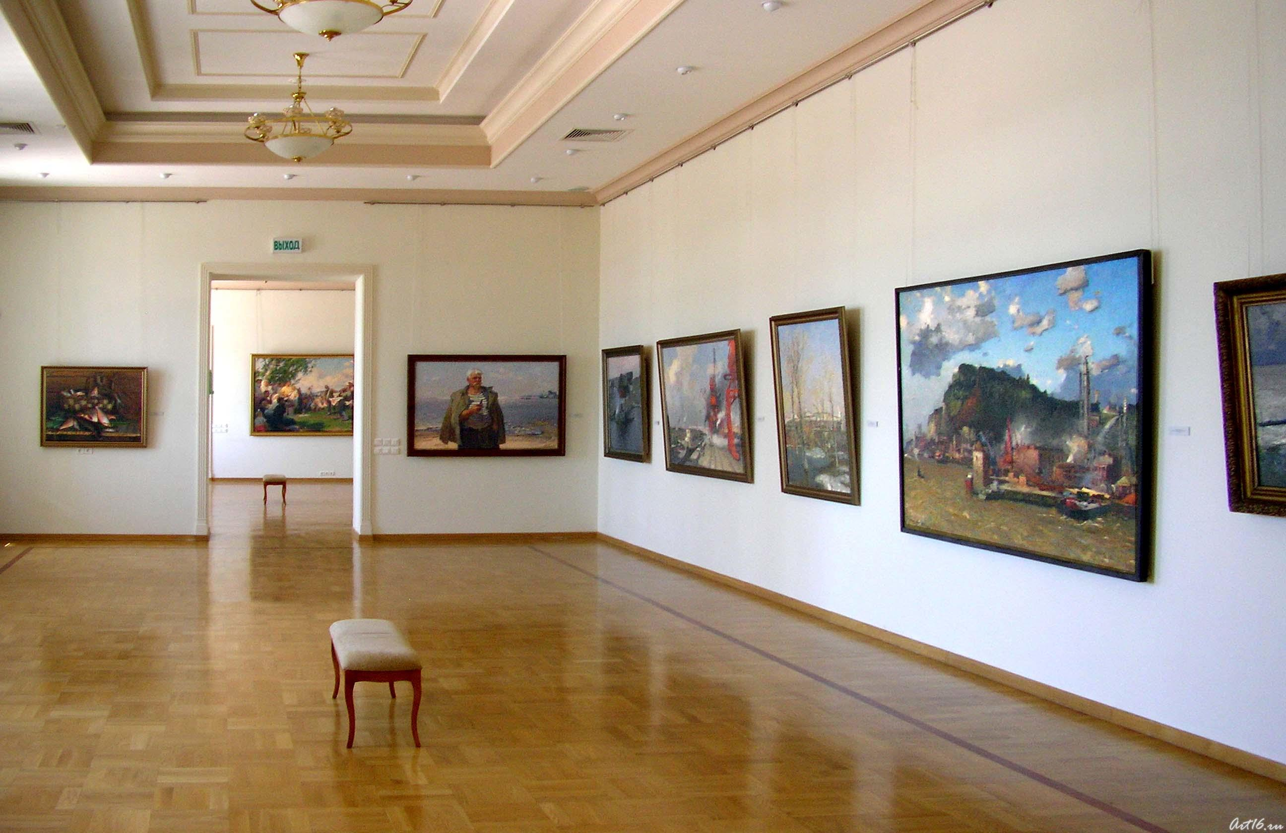 Экспозиция выставочного зала::Искусство советского Татарстана