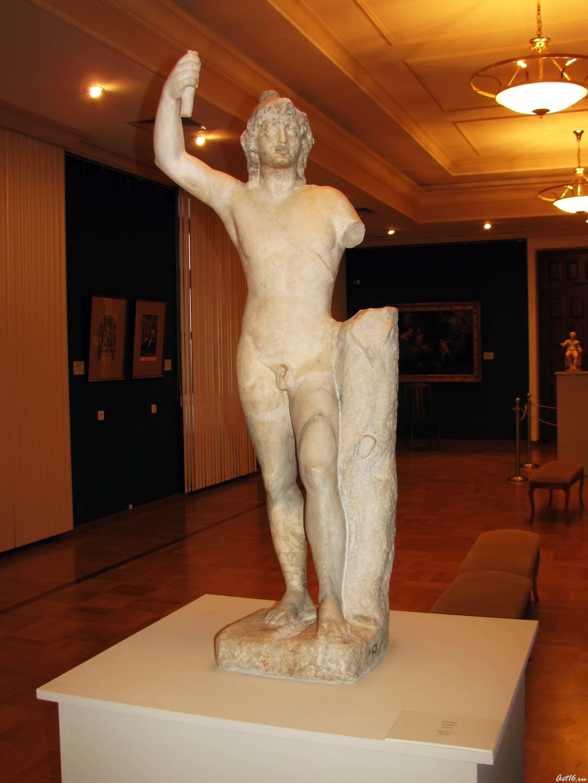 Парис::Открытие выставки «Дети Богов»