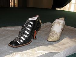 Бальные туфли, перчатки