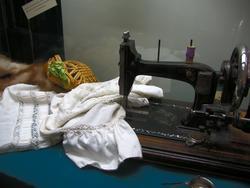 Швейная машинка, американский тушканчик,...чайное ситечко