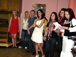 На открытии выставки ''Искусство Израиля Татарстану''