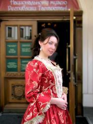 В платье Императрицы