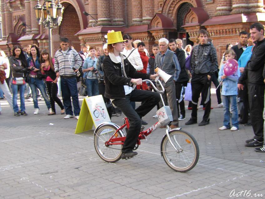 Фото №59131. Аттракцион ''Пьяный велосипед''