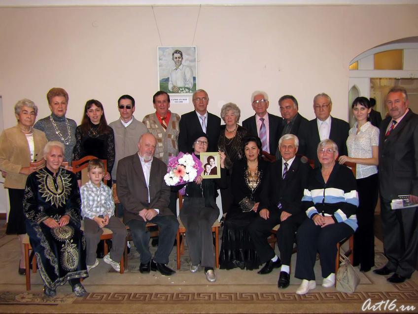 На вечере памяти Гарифа Ахунова::Литературно-музыкальный вечер, посвященный 85-летию Гарифа Ахунова, из цикла «Лауреаты Тукаевской премии»