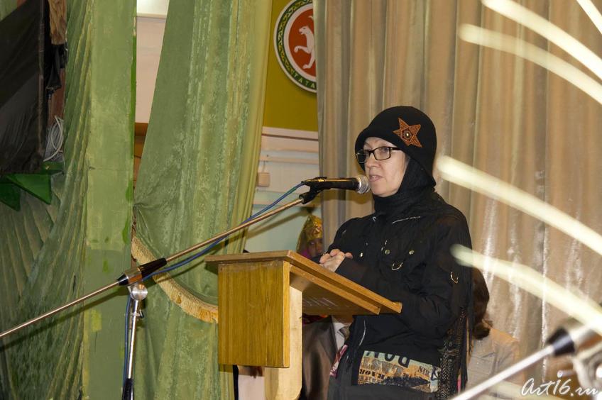 Наиля Ахунова, поэтесса,, дочь писателя::Г.Ахунов, Арск