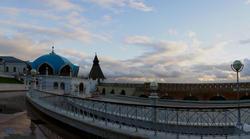 Как обычно — облака над Казанским Кремлем необычные. Казань. Осень — 2010