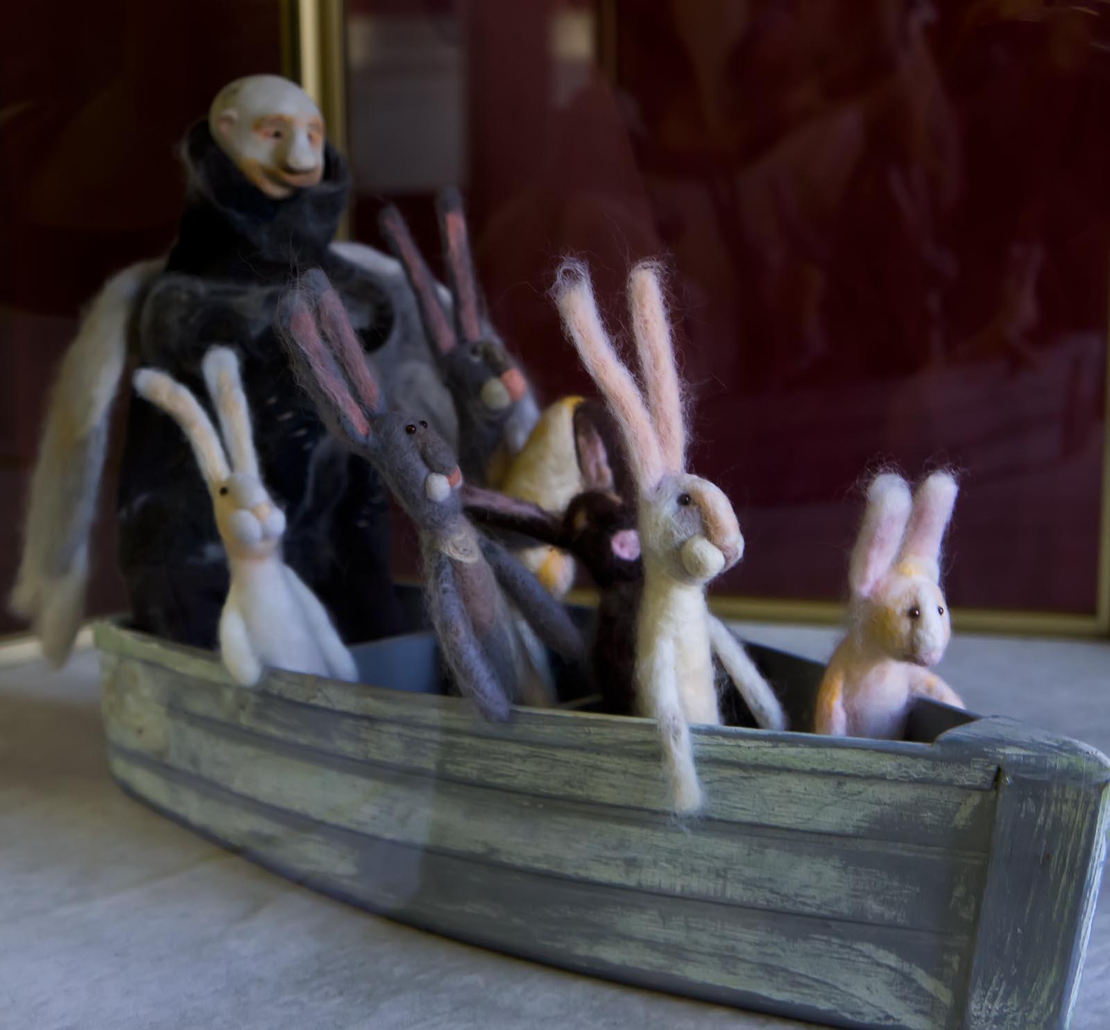 Дед мазай и зайцы поделка фото