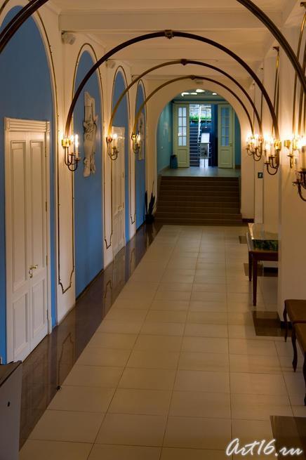 В вестибюле концертного зала П.И Чайковского (г.Клин)::г.Клин, дом-музей П.И.Чайковского