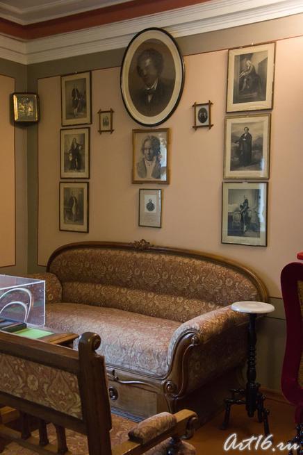 Фрагмент интерьера Дома-музея П.И.Чайковского::г.Клин, дом-музей П.И.Чайковского