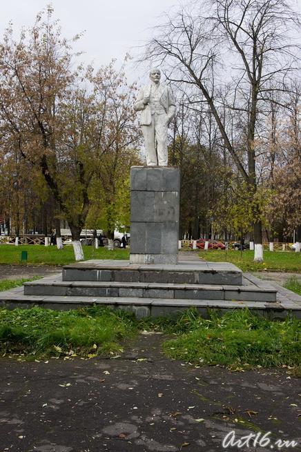 Памятник В.И.Ленину в г.Клин::г.Клин, дом-музей П.И.Чайковского