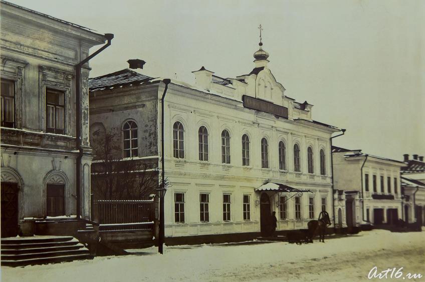 Фото №64647. ул. Казанская в Елабуге, вид на зд. Женского и Уездного училищ
