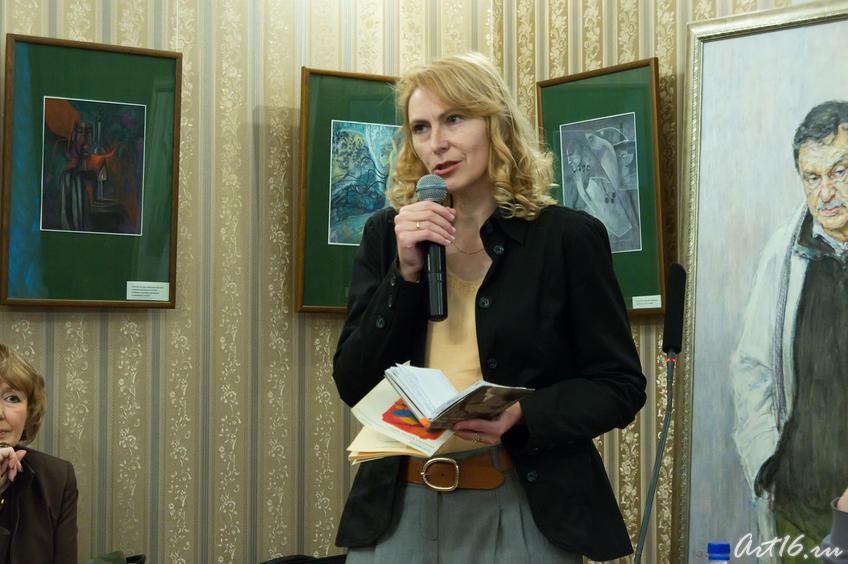 Елена Бурундуковская