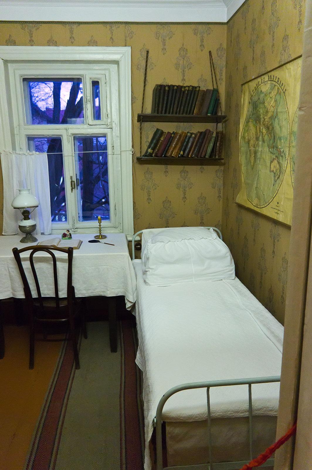Фото №66291. Комната Дмитрия Ульянова