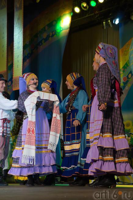 05899 Выступление ансамбля «Бермянчек», ноябрь 2010