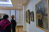 Р.Нургалеева, З Валеева  экскурсия по выставке Акимова В.Я