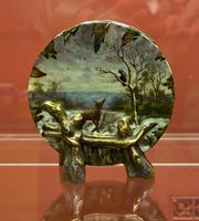 «Ворон и лисица» ваза в форме диска, 1870-е. Эмиль Галле   (1864-1904) Сен Клемен
