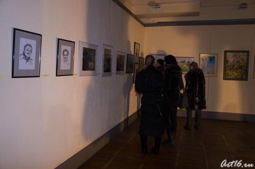 На открытии выставки «Новая графика 2010»::Республиканская выставка графики — 2010