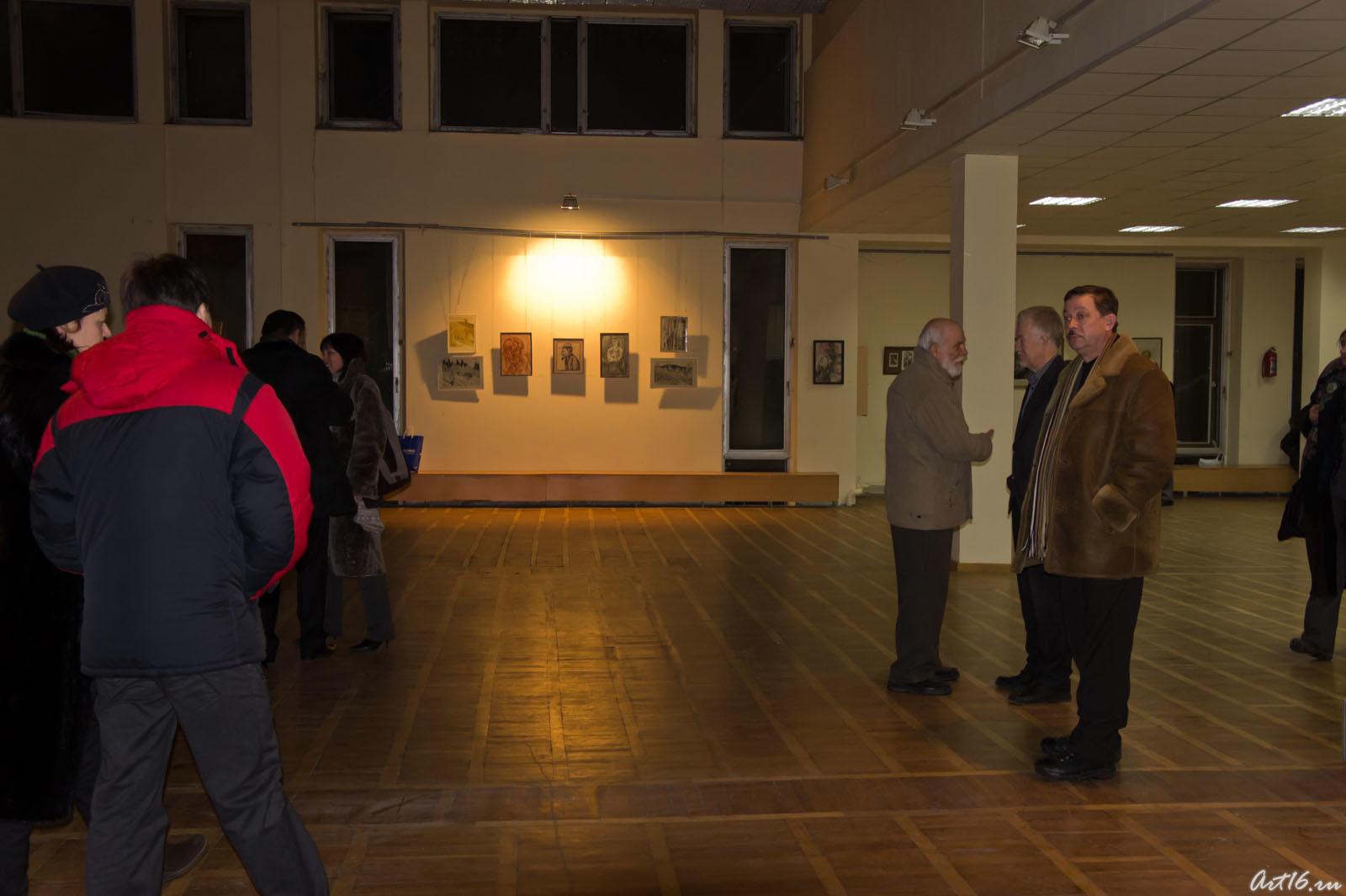 Открытие выставки «Новая графика 2010»::Республиканская выставка графики — 2010