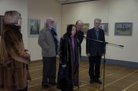 О.Г.Вербина у микрофона.  Открытие выставки  «Новая графика 2010»