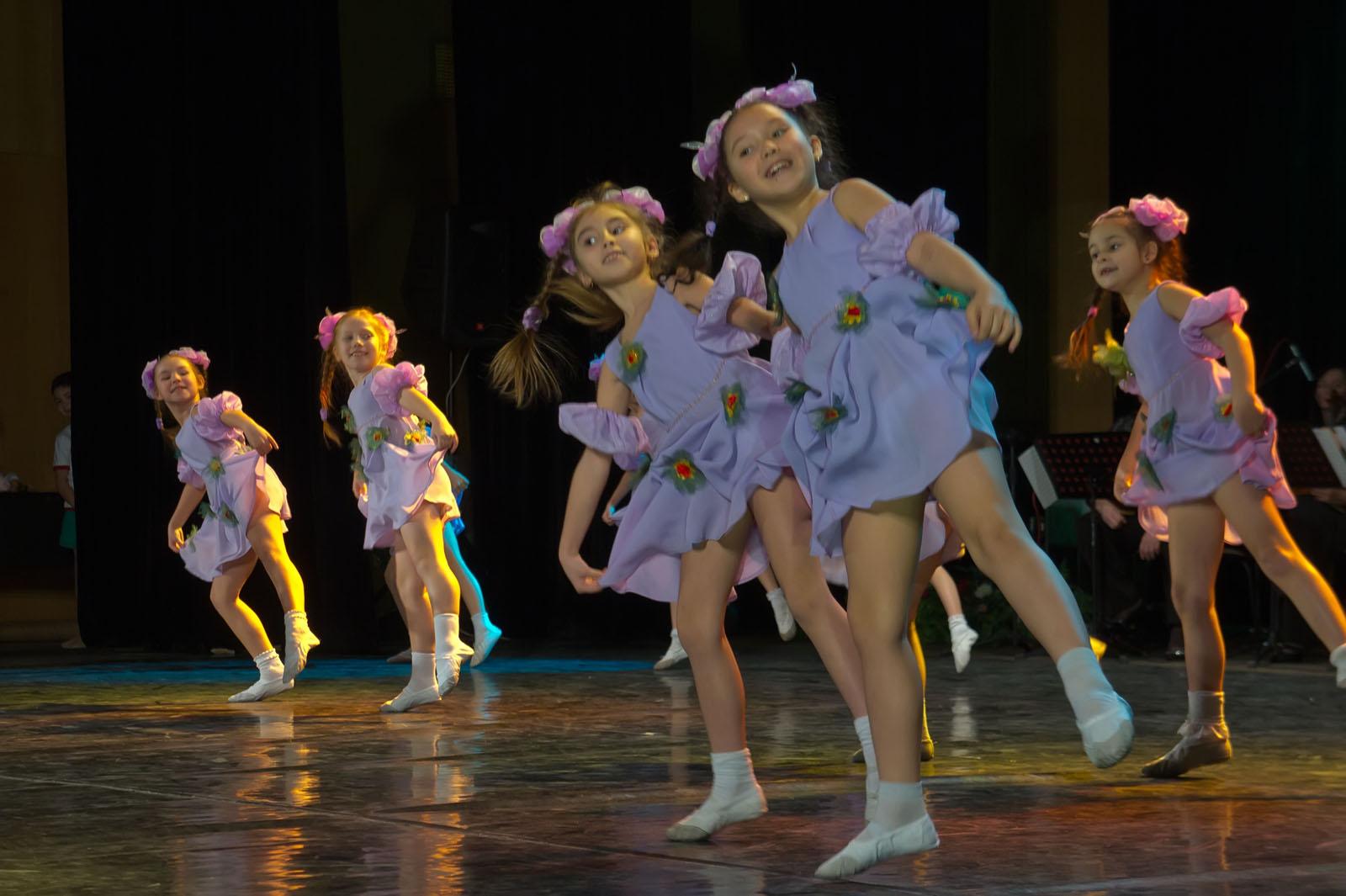 Детские танцевальные колективы фото